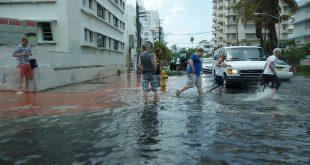 Sunny day flooding in Miami Beach