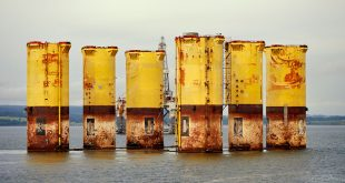 Who pays for North Sea decommissioning?