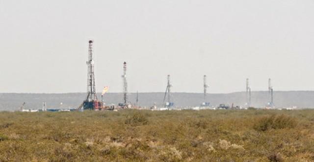 fracking rigs