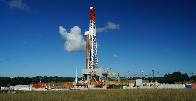 High-tech fracking rig