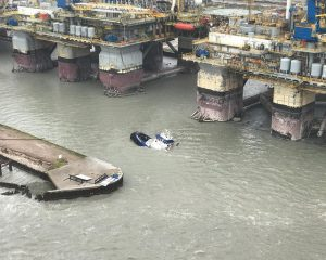 Flooded oil installations